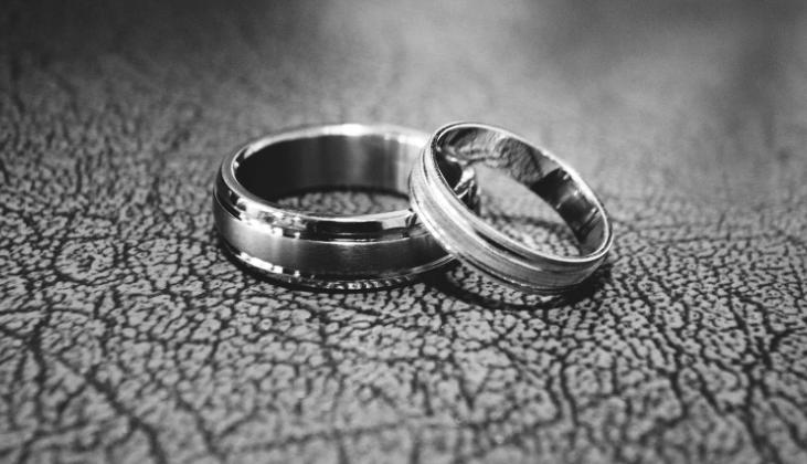台湾人と結婚した日本人が婚姻届を出す際に必要な物について紹介