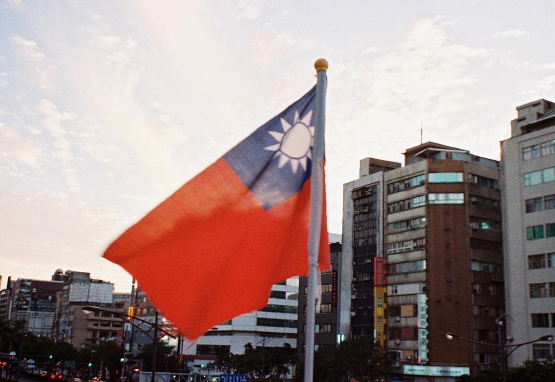 台湾で使われてるのは台湾語ではありません、中国語です